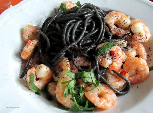 Scampi-Spaghetti-nero
