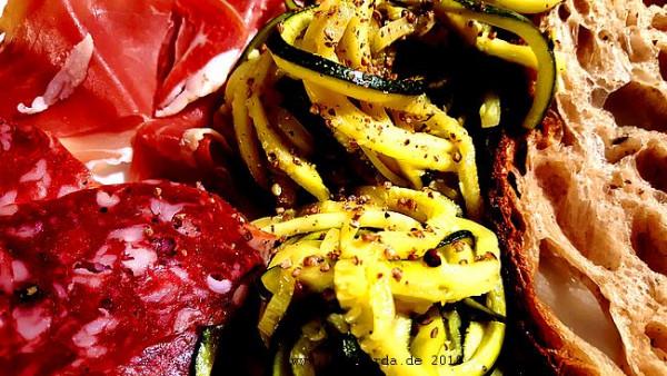 Zucchini-Salat-mit-Prosciutto-crudo
